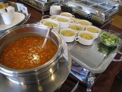 北中城村 『ホテルコスタビスタ沖縄』ランチバイキング料理3