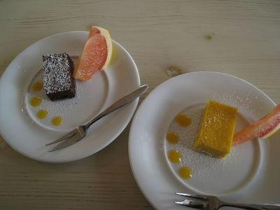 『Hanta Baru』(ハンタバール)のデザート ガトーショコラとパンプキンチーズケーキ
