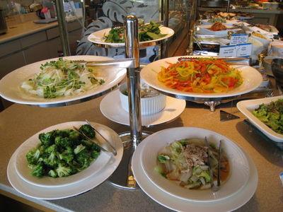 ラグナガーデンホテルランチバイキングの野菜料理