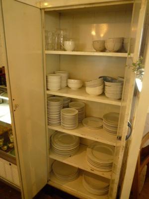 カルカフェの白で統一されているお皿